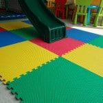 piso area infantil