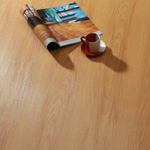 Piso de pvc imitaci n madera - Suelos de pvc imitacion madera ...
